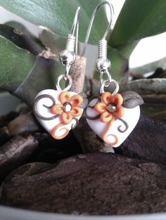 Handmade polymer clay heartshaped earring by MiniCose on Etsy, €6.50