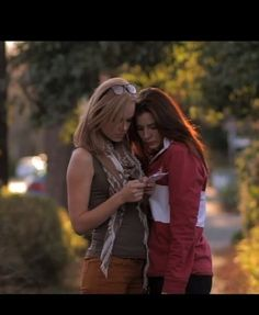 Free Downloadable Lesbian Movies