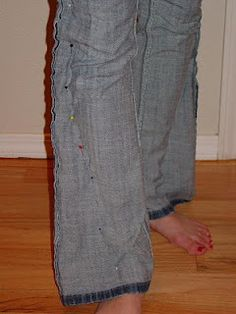 convert regular jeans to skinny jeans - totally doing this to a pair of jeans I picked up at goodwill... good for jeans you want to wear with boots this winter.