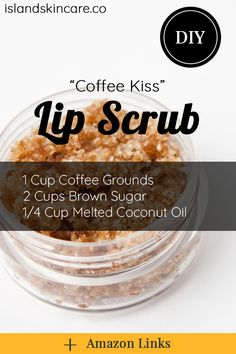 lip scrubs If you want to learn how to make a lip scrub of your own, you got to the right place! This amazing coffee lip scrub natural recipe is just as easy to make as making yourself a cu Body Scrub Recipe, Sugar Scrub Recipe, Diy Body Scrub, Lip Scrub Homemade, Sugar Scrub Diy, Homemade Soap Recipes, Lipgloss Diy, Zucker Schrubben Diy, Natural Beauty Tips