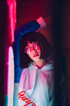 ins post @svzhdanova chinese neon lights Portrait Photography Lighting, Neon Lights Photography, Night Photography, Fashion Photography, Art Photography, Street Photography, Photoshoot Lights, Neon Girl, Neon Style