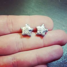 New to jennascifres on Etsy: Silver Glitter Star Earrings - Polymer Clay Stud Earrings - Silver Star Post Earrings - Hypoallergenic - Great for Sensitive Ears (6.00 USD)