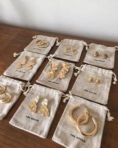 Angel Aura and Rose Gold Earrings, Raw Rainbow Quartz Jewelry, French Ear Wire Dangles, Luxury Wedding Accessories, Crystal Anniversary - Fine Jewelry Ideas - Frauen lieben Schmuck :) Dainty Jewelry, Cute Jewelry, Gold Jewelry, Women Jewelry, Gold Bracelets, Quartz Jewelry, Jewellery, Jewelry Shop, Jewelry Ideas