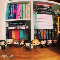 Another shelfie!! I think I like this version  I'm still playing around with books pops and shelves.... I might leave these with this fashion for the time being What do you think? #booksandpops #bookstagrammer #bookaddict #geeklife #funkofunatic #funko #booklover #bookblog #bookstagramcommunity #funkopopuk #funkopops #bookworms #geek #bookstagram #bookworm #bookblogger #booklove #popculture #booklovers #bookphotography #bookish #libri #libridaleggere #shelfie #yalit #bookworld #booknerdigans…