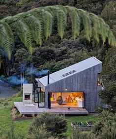 LTD architectural builds back country house in new zealand Tiny House Design architectural Builds Country House Zealand Container House Design, Tiny House Design, Modern House Design, Cottage House Designs, Country House Design, A Frame House, Tiny House Cabin, Forest House, Cabins And Cottages