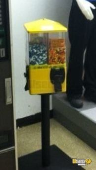 New Listing: https://www.usedvending.com/i/U-Turn-Classic-4-Select-Bulk-Candy-Vending-Machines-for-Sale-in-Massachusetts-/MA-A-438W U Turn Classic 4 Select Bulk Candy Vending Machines for Sale in Massachusetts!