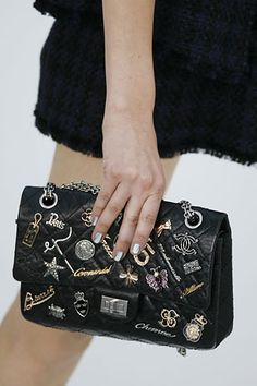 Chanel | Spring 2007 Ready-to-Wear Collection | clutch