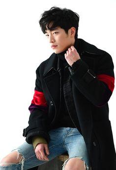 Seo Kang Joon / 서 강 준 - wood working Gong Seung Yeon, Seung Hwan, Korean Men, Asian Men, Asian Guys, Asian Actors, Korean Actors, Jun Matsumoto, Seo Kang Joon Wallpaper