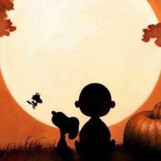 Snoopy & Charlie Brown at sunset Vintage Halloween, Fall Halloween, Halloween Crafts, Happy Halloween, Charlie Brown Halloween, Charlie Brown And Snoopy, Snoopy Love, Snoopy And Woodstock, Snoopy Quotes