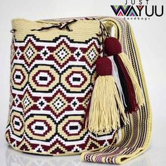 255 отметок «Нравится», 1 комментариев — Just Wayuu (@just.wayuu) в Instagram: «Handcrafted handbags made by indigenous wayuu in the north of Colombia. Worldwide shipping – envíos…»