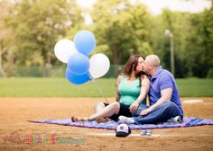 baby gender reveal photography