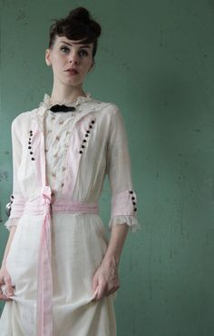 Antique Gown . Pink . Maxi Length . Edwardian Era . Wedding Dress . High Fashion . TITANIC Couture