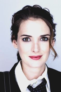 Winona Ryder.  Beetlejuice, Mermaids, Edward Scissorhands, Stranger Things.