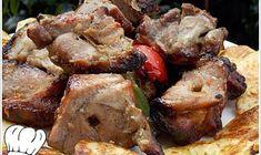 ΚΟΝΤΟΣΟΥΒΛΙ ΧΟΙΡΙΝΟ ΣΟΥΒΛΑΣ ΣΠΕΣΙΑΛ !!! - Νόστιμες συνταγές της Γωγώς! Greek Recipes, Desert Recipes, Greek Cooking, Bbq Party, Mediterranean Recipes, Easter Recipes, Deserts, Dinner Recipes, Pork