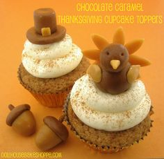 Lindsay Ann Bakes: Tootsie Roll/Caramel Thanksgiving Cupcake Toppers - Buttermilk Spice Cupcakes with Maple Cream Cheese Frosting Check out baking tips, tricks & ingredient substitutions. Yield: standard cupcakes or dozen minis Thanksgiving Cupcakes, Thanksgiving Recipes, Turkey Cupcakes, Fall Recipes, Thanksgiving Blessings, Thanksgiving Projects, Holiday Cupcakes, Thanksgiving Turkey, Thanksgiving Birthday