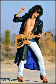Aerosmith Joe Perry so hot 🔥🔥🔥🔥 Joe Perry Guitar, Big Hair Bands, Steven Tyler Aerosmith, Best Rock, 30 Rock, Rock Legends, Van Halen, Johnny Depp, Rock Music