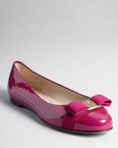 Salvatore Ferragamo's beloved signature ballet flats are perfectly polished in patent leather with a feminine grosgrain bow. New Shoes, Pump Shoes, Shoe Boots, Pumps, Heels, Salvatore Ferragamo, Everyday Shoes, Pretty Shoes, Mode Style