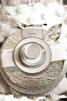 silver wedding decorations, Sparkling silver place setting by Jordan Payne Events. Photo by Jenny Martell Photography.