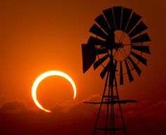 Watch this images and videos about the Annular Solar Eclipse occurred last Sunday.   ..rh