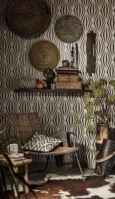 A touch of nature right in our room. Tribal decor, a African Room, African House, African Interior Design, African Design, African Style, Ethno Design, African Furniture, Global Decor, Global Home