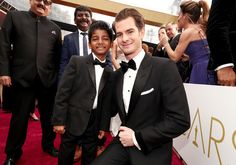 #oscarfashion Actors Sunny Pawar (L) and Andrew Garfield attend the 89th Annual Academy Awards at Hollywood & Highland Center on February 26, 2017 in Hollywood, California.