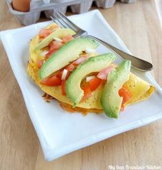 Print 2 servings Servings123456789101112 Ingredients 4 eggs ¼ cup milk ⅛ tsp salt 1 avocado, pitted and sliced ½ cup diced tomatoes ¼ cup diced onion ½ cup shredded cheddar cheese (can also use Swiss or Jack) Pepper to taste Directions For Full Recipe Details Go Here: http://www.mysanfranciscokitchen.com/the-california-omelet/ – Nutrition Facts for 100 grams Calories(...)