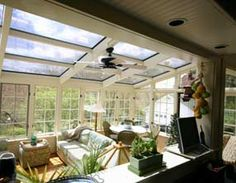 I love how this solarium is decorated - modern and minimal ...