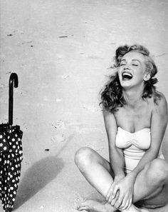 Fashion Model, Marilyn Monroe Style inspiration, Fashion photography, Long hair