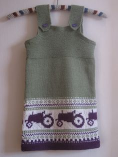 This is just TOO adorable! Baby Barn, Knitting For Kids, Little People, Tractors, Crochet Top, Two Piece Skirt Set, Tank Tops, Pattern, Inspiration