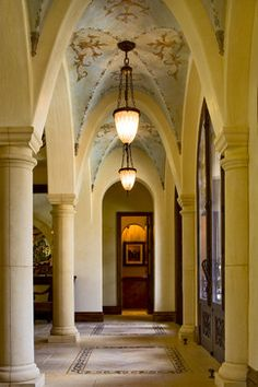 Shore Vista Residence Hallway - traditional - hall - austin - Cornerstone Architects