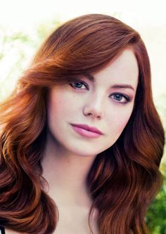 Ribbit  !  Ribbit  !  I'm  a  frog  !  Emma  Stone  is  pretty  enough  to  be  a  princess  !  She's  so  beautiful  !  If  she  kissed  me,  I'd  turn  into  a  prince  !