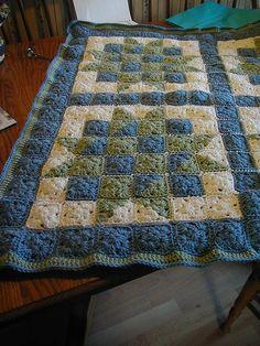 Ci è capitato spesso di trovare delle coperte come quelle che vedete in queste foto e di cui abbiamo parlato nei post Idee di coperte Nata...