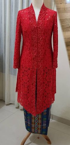 Model Kebaya, Kebaya Dress, Tunic Tops, Dresses With Sleeves, Women's Fashion, Seasons, Sewing, Long Sleeve, Couture