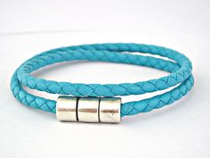 Double wrapped turquoise braided leather bracelet with magnetic clasp @Lb Toyos #accessories