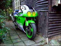 Kawasaki ZXR750 endurance / BRS #21 / BRS Suspension Works / www.brssuspensionworks.nl