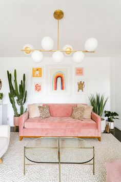 Laura's Front Room Refresh (Before + After!) - A Beautiful Mess - Laura's Front Room Refresh (Before + After! Room Decor Bedroom, Living Room Decor, Dining Room, Pink Sofa, Interior Design Living Room, House Colors, Room Inspiration, Home Office, Diy Home Decor