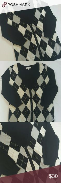 NY&COMPANY plaid cardigan New York & Company plaid 3/4 sleeve cardigan in perfect condition like new New York & Company Sweaters Cardigans