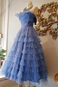 Vintage 1950s Periwinkle Blue Tulle and Lace Party Dress