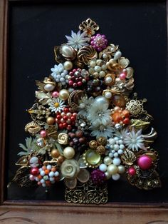 Vintage Rustic Jewelry Art Christmas Tree Jewelry & Carved Wood Stand Up Frame