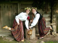 Latgalian costume