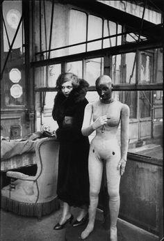 Henri Cartier-Bresson :: Leonor Fini, Paris, 1933