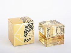 2013受賞作品 日本パッケージデザイン大賞 JPDA                                                                                                                                                     もっと見る Honey Packaging, Perfume Packaging, Tea Packaging, Cosmetic Packaging, Jewelry Packaging, Brand Packaging, Packaging Design, Branding Design, Tea Design