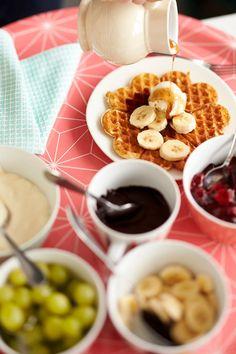 Vohvelit | Meillä kotona Gourmet Recipes, Sweet Recipes, Cooking Recipes, Finnish Recipes, Chocolate Fondue, Food Styling, Waffles, Pancakes, Deserts