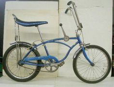 1976 Schwinn Stingray metallic blue 3 speed shift gear bicycle