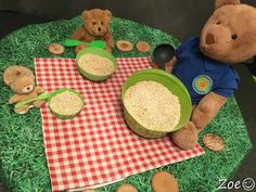 Teddy Bears Picnic - Animal Themed Tuff Tray for Toddlers-EYFS Children Picnic Activities, Fairy Tale Activities, Eyfs Activities, Nursery Activities, Spring Activities, Infant Activities, Maths Eyfs, Tuff Tray Ideas Toddlers, Teddy Bear Crafts