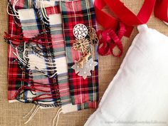 Ideas For Diy Pillows Case Christmas Diy Crafts For Kids Easy, Diy Gifts For Dad, Sewing Pillows, Diy Pillows, Diy Bags Jeans, No Sew Pillow Covers, Dollar Tree Gifts, Diy Makeup Storage, Tartan