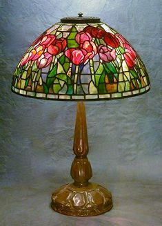 Stained Glass Lamp Shades, Stained Glass Table Lamps, Stained Glass Art, Mosaic Glass, Antique Lamps, Vintage Lamps, Natural Lamps, Glass Design, Design Design