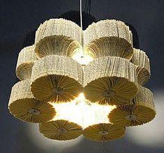 lampadari design in carta di recupero