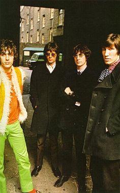Pink Floyd, London, 1968. Veja também: http://semioticas1.blogspot.com.br/2013/03/pink-floyd-na-lua.html