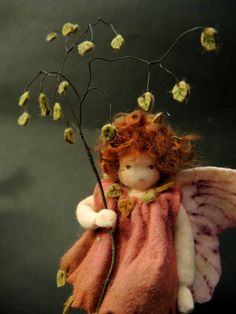 Zittergras+Elfe++Jahreszeitentisch,+Blumenkind+von++Amrei-Blumenkinder+auf+DaWanda.com